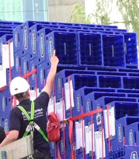 Studenten TU/e bijna klaar met grootste bierkrattenbrug ter wereld (video)