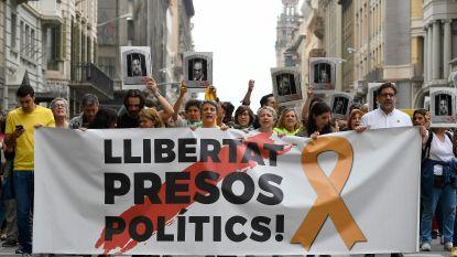 """Straatprotest na zware celstraffen tot 13 jaar voor separatistische Catalaanse politici: """"Dit is barbaars"""""""
