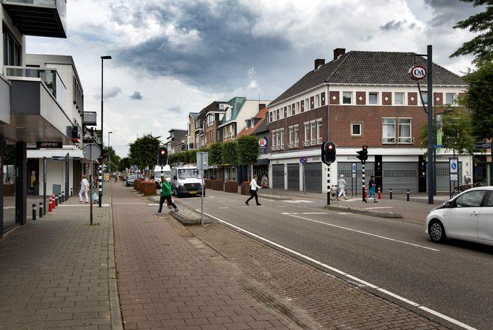 De kruising Eindhovenseweg - Corridor in het centrum van Valkenswaard.