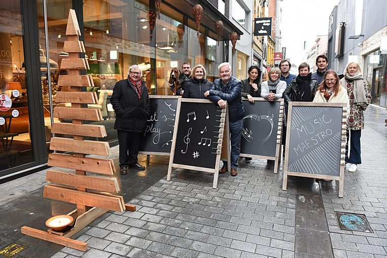 De handelaars van de Wijngaardstraat zullen hun straat ludiek versieren voor de feestdagen.