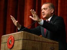 Erdogan trekt aanklachten smaad in, maar niet in Duitsland