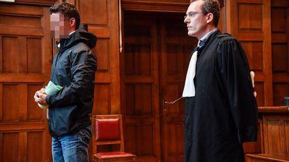 Agent schreef boetes uit en stak geld in eigen zak: jaar cel met uitstel