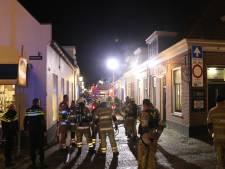 Brand in centrum IJsselstein: brandweer redt persoon uit woning