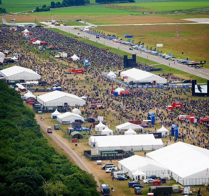 Zo druk was het in 2013 bij de laatste Luchtmachtdagen in Volkel.