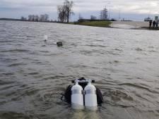 Auto overleden Sjors uit Maas bij Appeltern getakeld