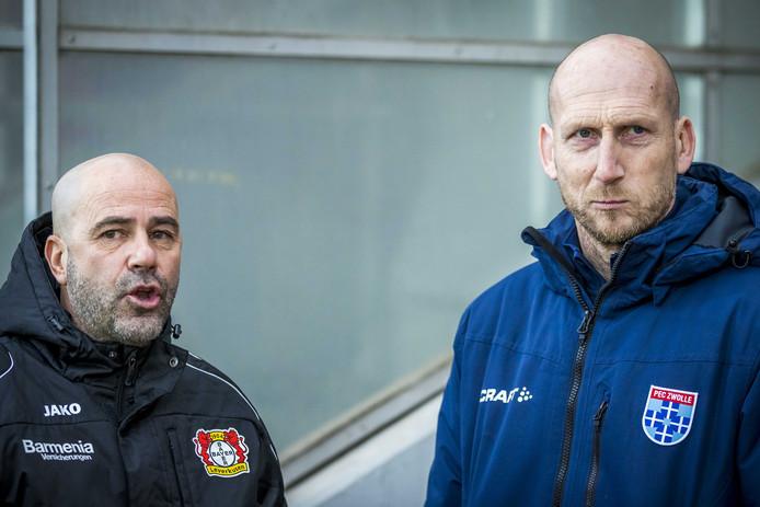 Jaap Stam (R) tijdens de oefenwedstrijd Bayer Leverkusen van trainer Peter Bosz (L) tegen PEC Zwolle met trainer Jaap Stam.