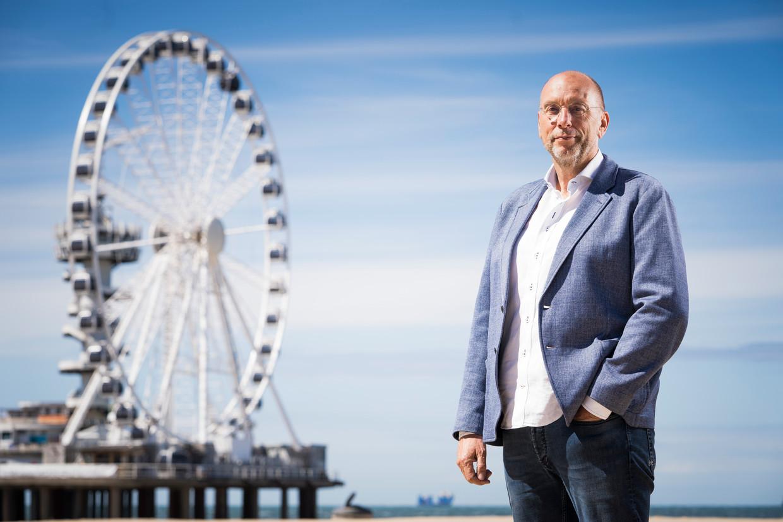 Laurens Meyer, op het strand in Scheveningen. Beeld Freek van den Bergh / de Volkskrant