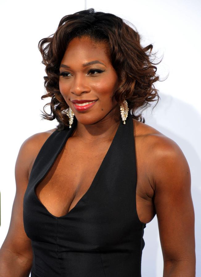 Serena Williams tot 2018 met zwangerschapsverlof | Foto | gelderlander.nl