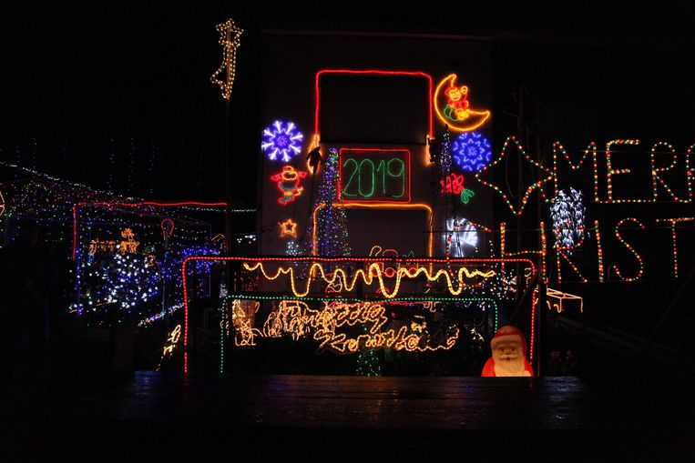 Zo ziet de voorgevel van het kersthuis eruit.