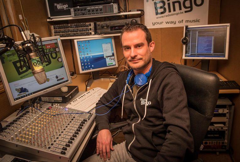 Andy Degryse van Radio Bingo in de studio.