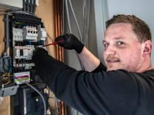 Bouwlieden en monteurs klussen eenzaam door: 'We werken zoveel mogelijk alleen'