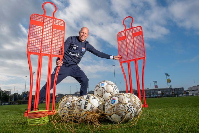 Henry van der Vegt geniet van zijn rol als assistent van PEC Zwolle. Al is dat niet zijn eindstation. Zijn uiteindelijke doel is om ergens aan de slag te gaan als hoofdtrainer.