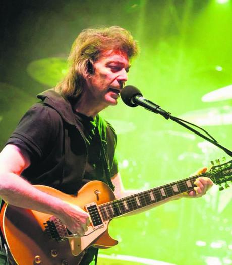 Rocklegende Steve Hackett signeert bij Velvet Delft