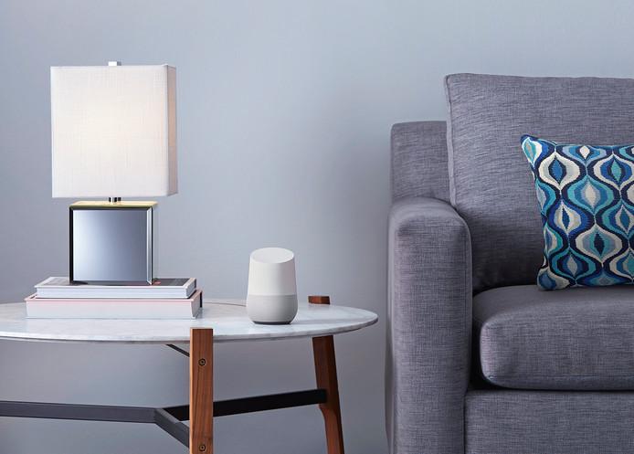 De Google Home die sinds afgelopen najaar in de winkel ligt.