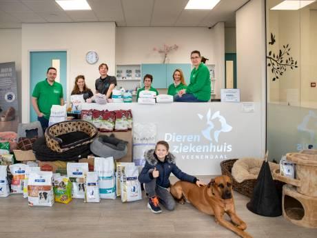 Honderden kilo's voer en tientallen mandjes voor Dierenvoedselbank Wageningen