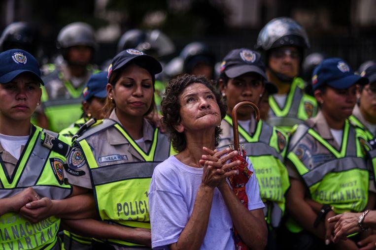 Een protest tegen president Maduro, vorige week in Caracas. Beeld AFP