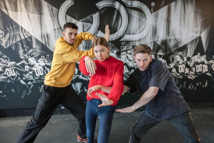 Leden van dansgroep The CDK in Veldhoven. Van links naar rechts: Jowha van de Laak, Julia van Rooij en Sergio Santos Reis.
