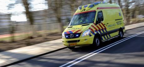 Twee fietsers raken gewond bij een botsing in Groningen