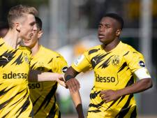 Record gloort voor Youssoufa Moukoko (15) in Champions League