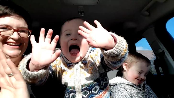 Emotionele karaoke voor kinderen met Down