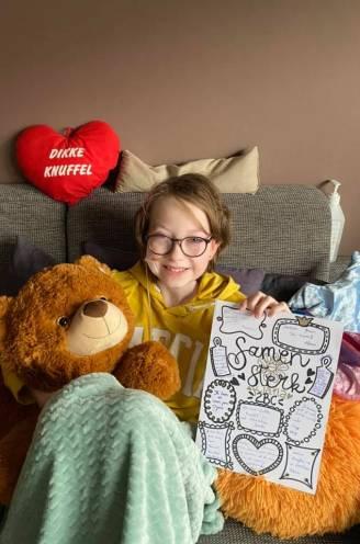 """Kiana (13) ontdekt valse Instagrampagina tijdens behandeling voor zeldzame botkanker: """"Haar ziekte wordt gebruikt om eigen zakken te vullen"""""""