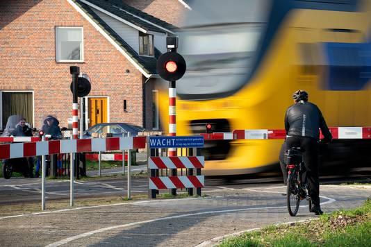 De omstreden spoorwegovergang in Orthen.