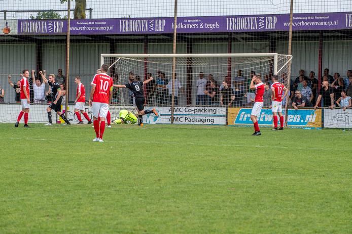 Vreugde bij Hoogland na de 1-2