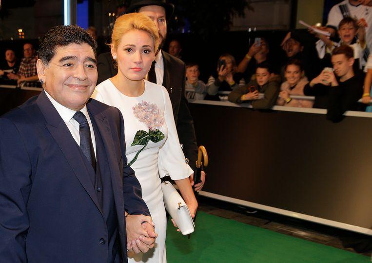 Maradona en partner Rocio Olivia.