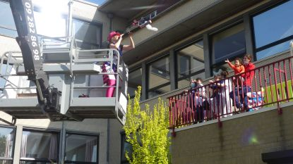 DVC Heilig Hart brengt met hoogtewerker animatie tot bij alle bewoners