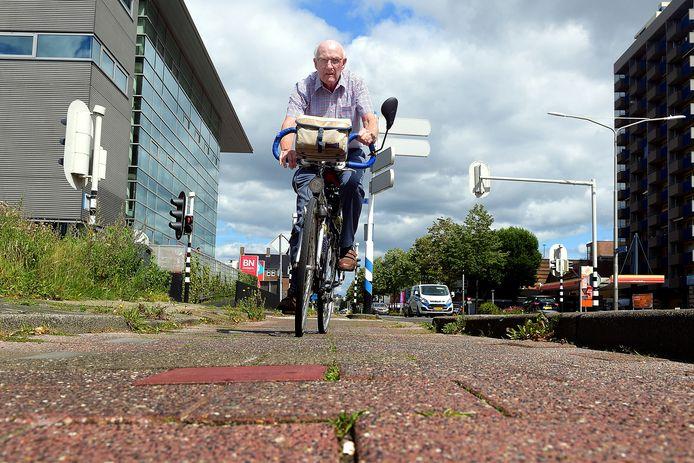 roosendaal - 20200729 - pix4profs/petervantrijen.jaques vermeulen wil slechte fietspaden laten opknappen
