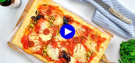 Transformez une pizza en affreux snack d'Halloween avec ce petit truc simple (si vous osez!)