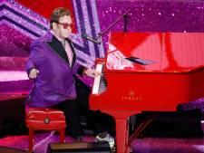 Zieke Elton John breekt in tranen concert in Nieuw-Zeeland af