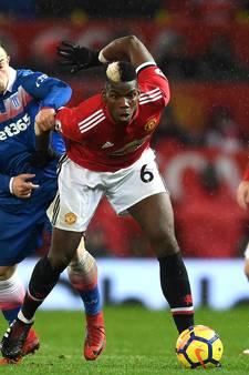 Manchester United verkleint achterstand na zege op Stoke