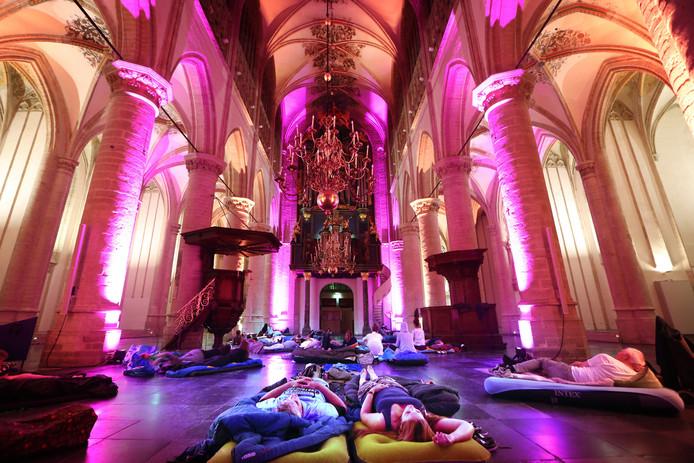 In het kader van Open Monumentendagen konden mensen overnachten in de Grote kerk van Breda.