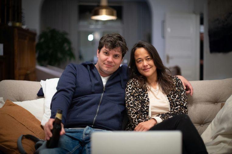 Servé Hermans en Romy Roelofsen in 'Lockdown'. Beeld Toneelgroep Maastricht