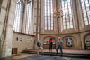 De IJsselcentrale in beeld in de Grote Kerk van Zwolle. Van links naar rechts Ferdinand de Groot, Margriet Hekkert en Henny Elbrink.
