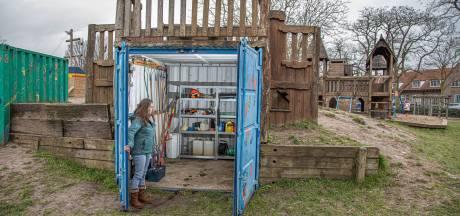 Bewoners Zeeheldenbuurt in Zwolle beginnen crowdfundactie na diefstal speeltuingereedschap: 'Dit verzacht de pijn enorm'