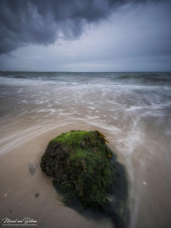 Foto uit serie in  Zeeland. Foto Marcel van Balkom