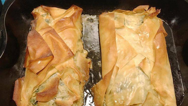 Spanakopita uit de oven Beeld Tallina van den Hoed