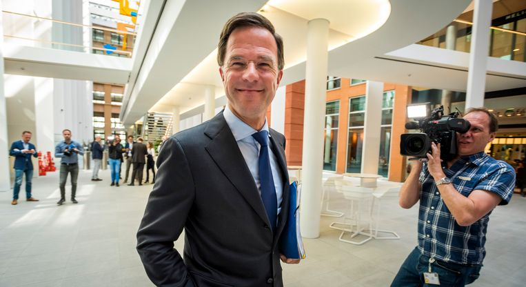 Minister-president Mark Rutte na afloop van het coalitieoverleg. Beeld null