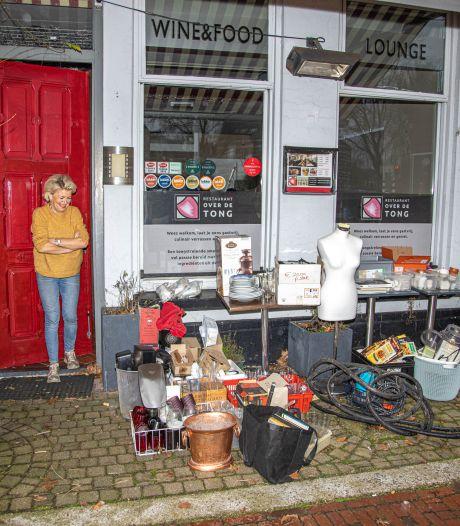 Zwols restaurant Over de Tong gooit hele handel in de uitverkoop: 'Dit is mijn eigen kringloop'