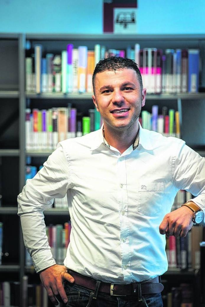 Juan Khalaf.