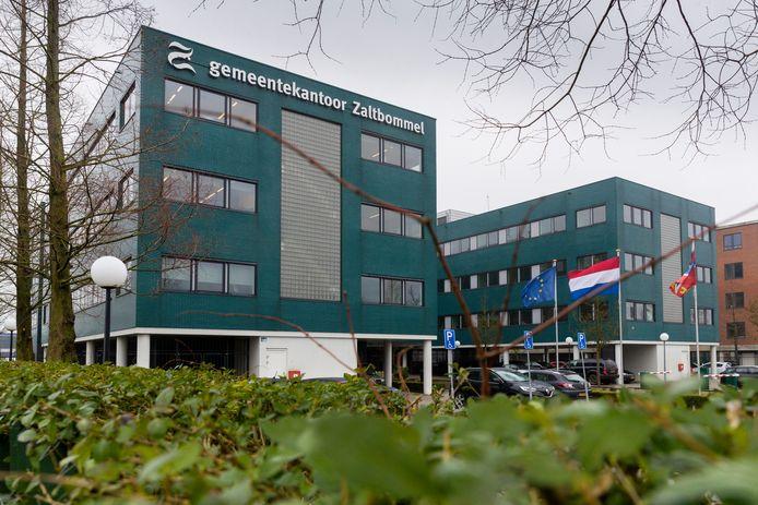Op het gemeentekantoor van Zaltbommel is een brief van huizenverhuurder Jarno Goesten binnen gekomen.