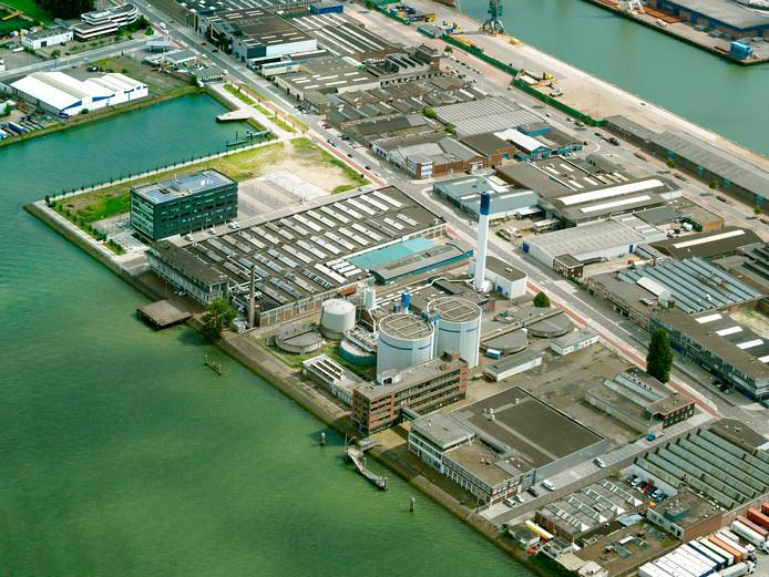 Slibverwerkingsbedrijf Sluisjesdijk van waterschap Hollandse Delta is een van de locaties waar de installaties achterstallig onderhoud hebben.