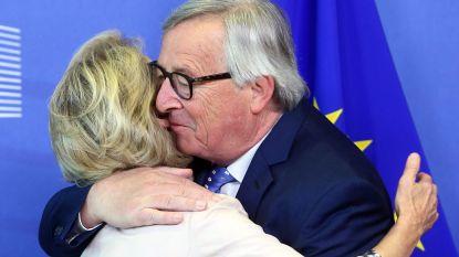 Alle knuffels en kussen ten spijt: ook Jean-Claude Juncker is niet blij met Von der Leyen