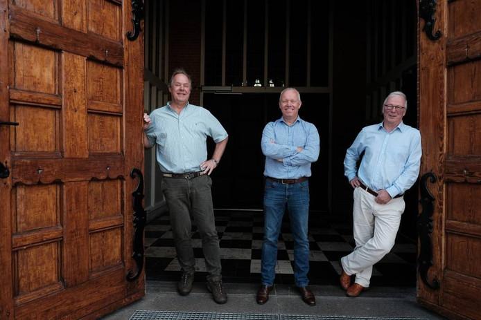 Frans de Groen, Jos Oostendorp en Andries de Groen op bezoek in Groenlo. Foto: