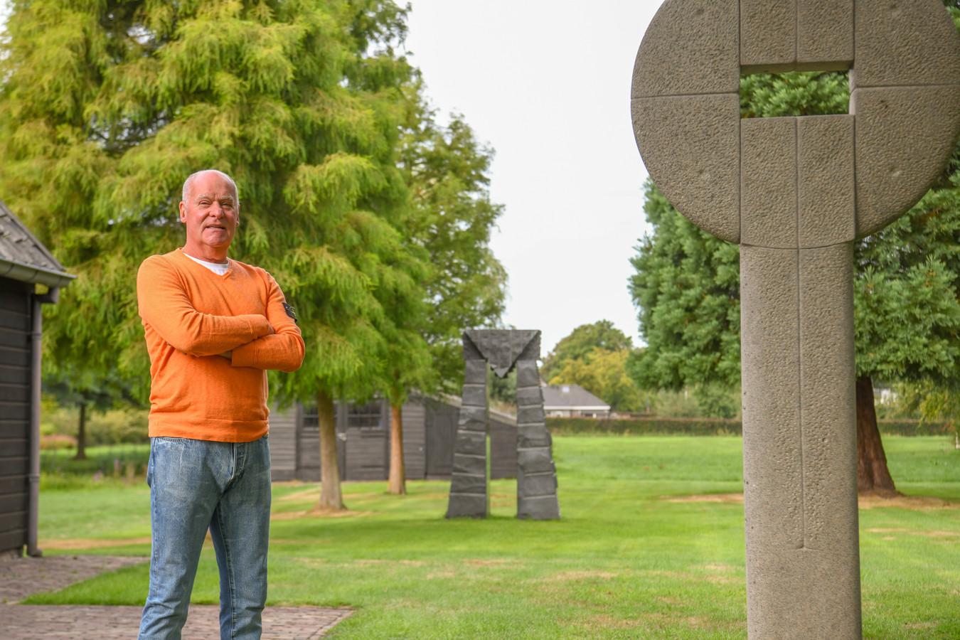Willem Foudraine stelt zijn beeldentuin in Eersel voor het eerst open op de Open Monumentendag.