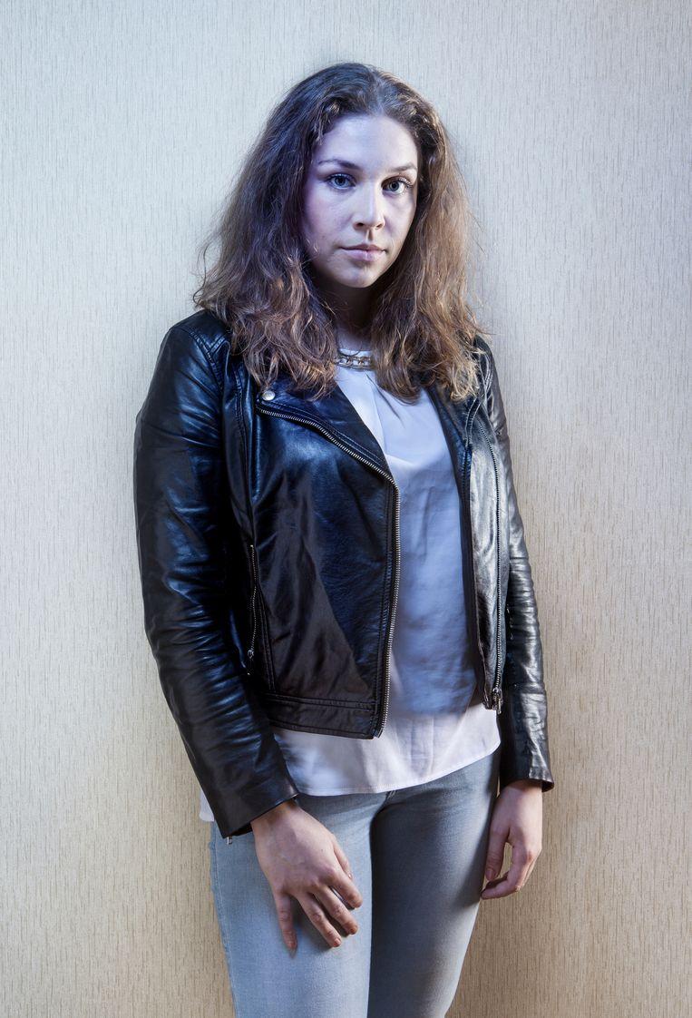 Lisa: 'Het eenzame gevoel erger, terwijl ik toch allerlei mensen om me heen had' Beeld Eddo Hartmann