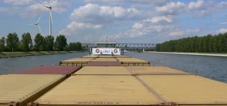 Onderzoekers: Rotterdamse haven is veel belangrijker voor Nederland dan gedacht