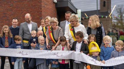 Ontmoetingscentrum 'Den Andries' in Runkelen feestelijk ingehuldigd